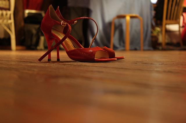 הנעליים שלא יצאו מהאופנה אף פעם
