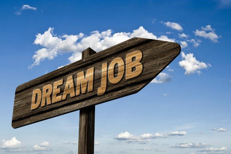 דרושים – איך מוצאים עבודה לטווח הארוך?