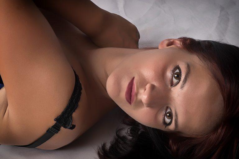 טיפוח עור הפנים: כך תשמרו על עור קורן וזוהר!