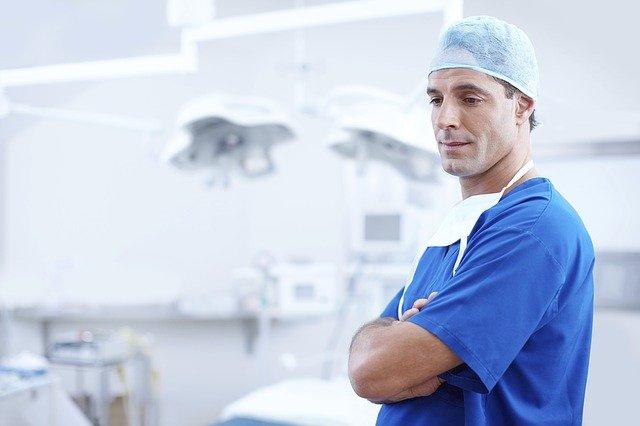 איך מקצרים את זמן ההמתנה לרופאים מומחים?