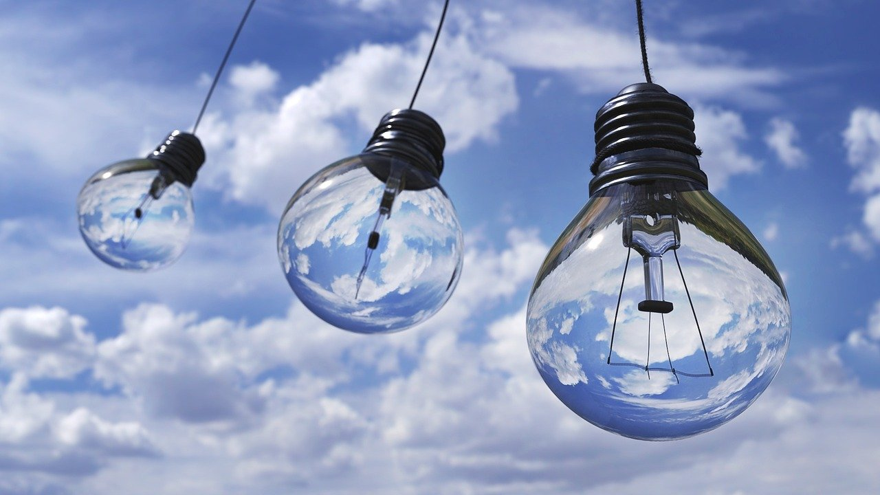 Read more about the article הטכנולוגיות שיסייעו לנו לחסוך בחשבון החשמל בבית